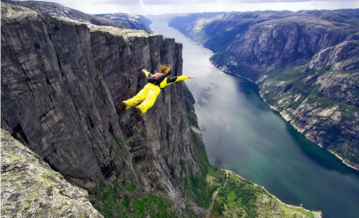Base Jumping - A List of Outdoor Activities to Enjoy