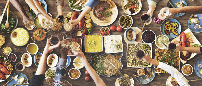 Entertaining people at home - dinner party